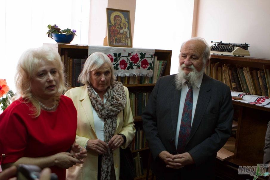 В УжНУ урочисто відкрили музей-колекцію Олени Рудловчак