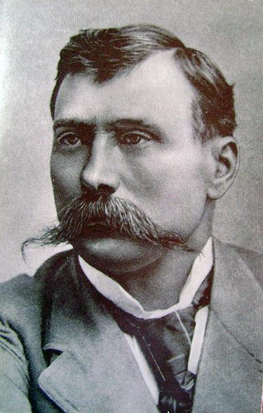 Микола Садовський